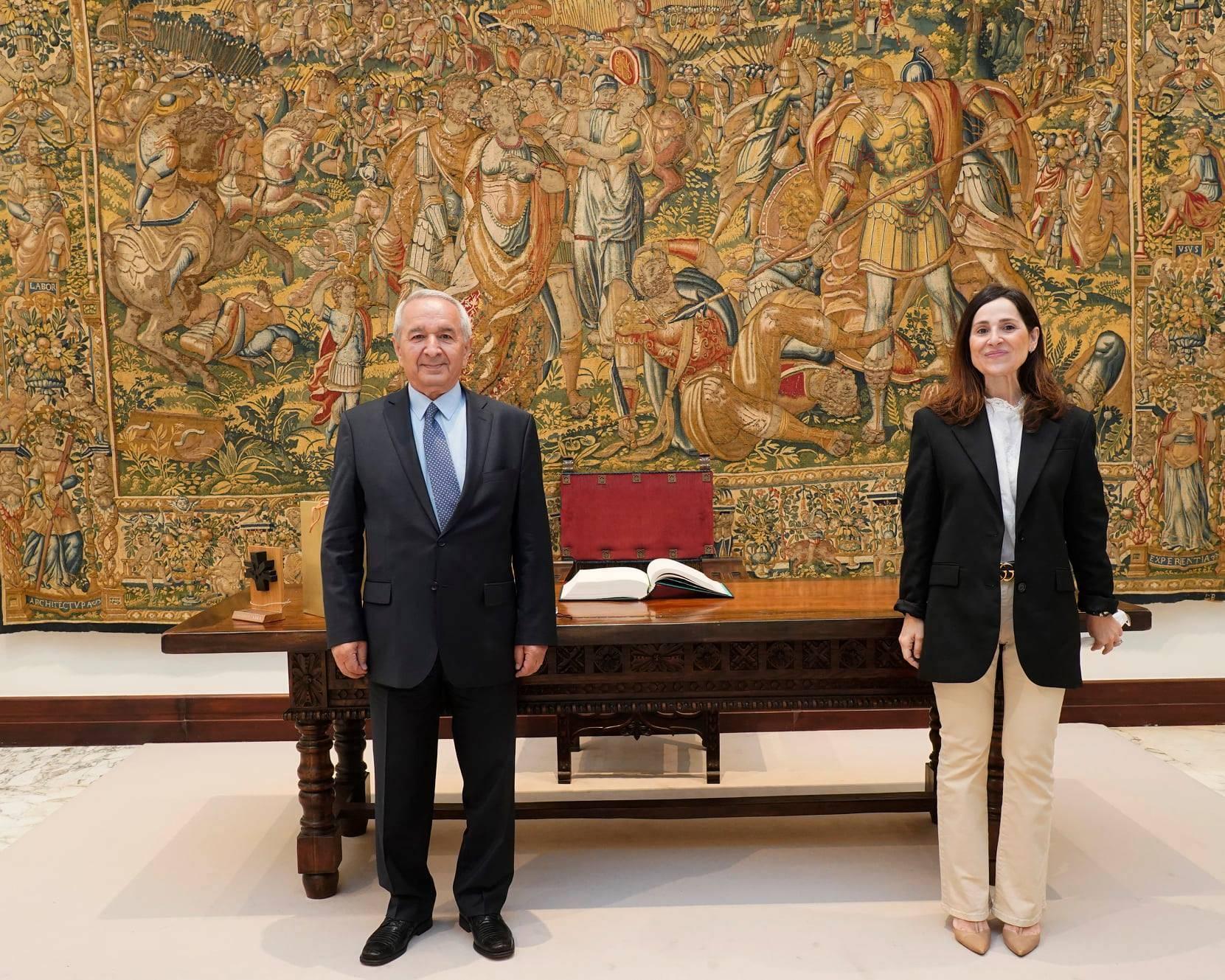 Դեսպան Վլադիմիր Կարմիրշալյանի հանդիպումը Բասկերի երկրի խորհրդարանի նախագահ Բակարչո Տեխերիայի հետ